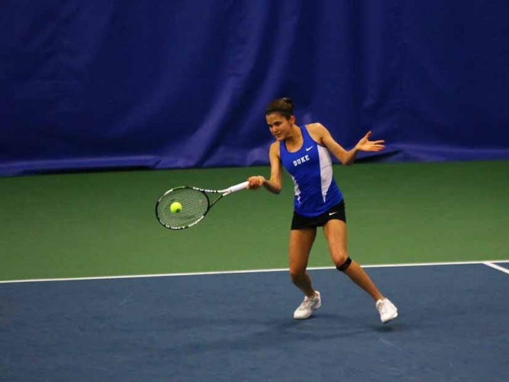 Redshirt freshman Christina Makarova picked up the deciding singles victory Sunday against Texas, holding off a Longhorn comeback bid.