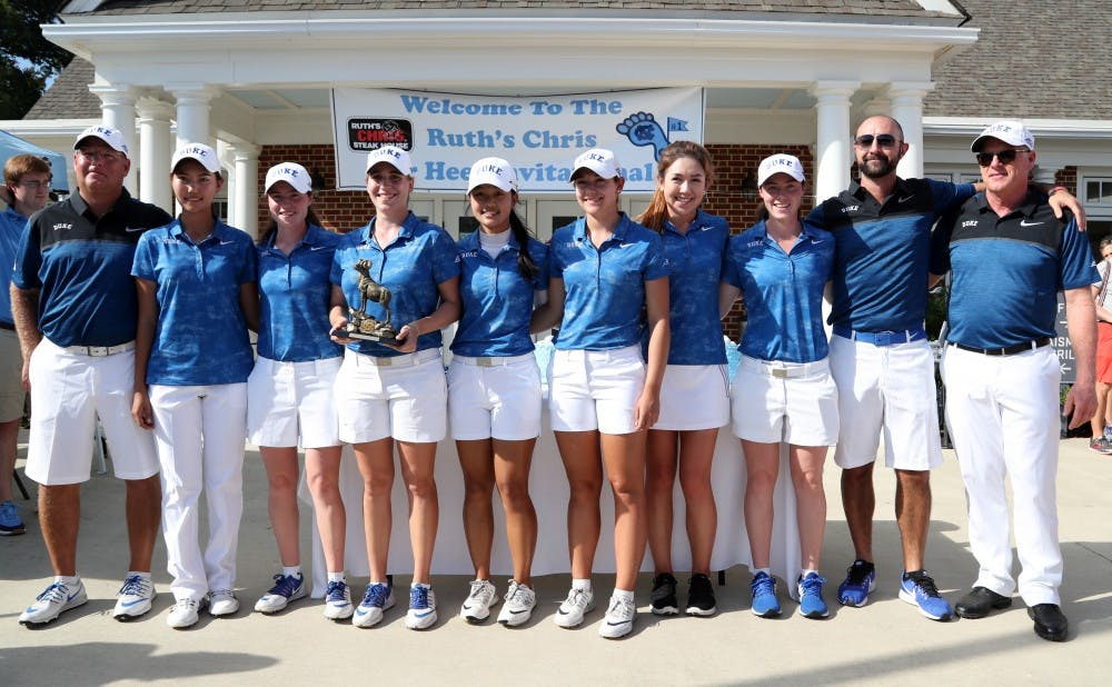 Duke won the Tar Heel Invitational for the 15th time in school history, finishing one stroke ahead of Alabama.
