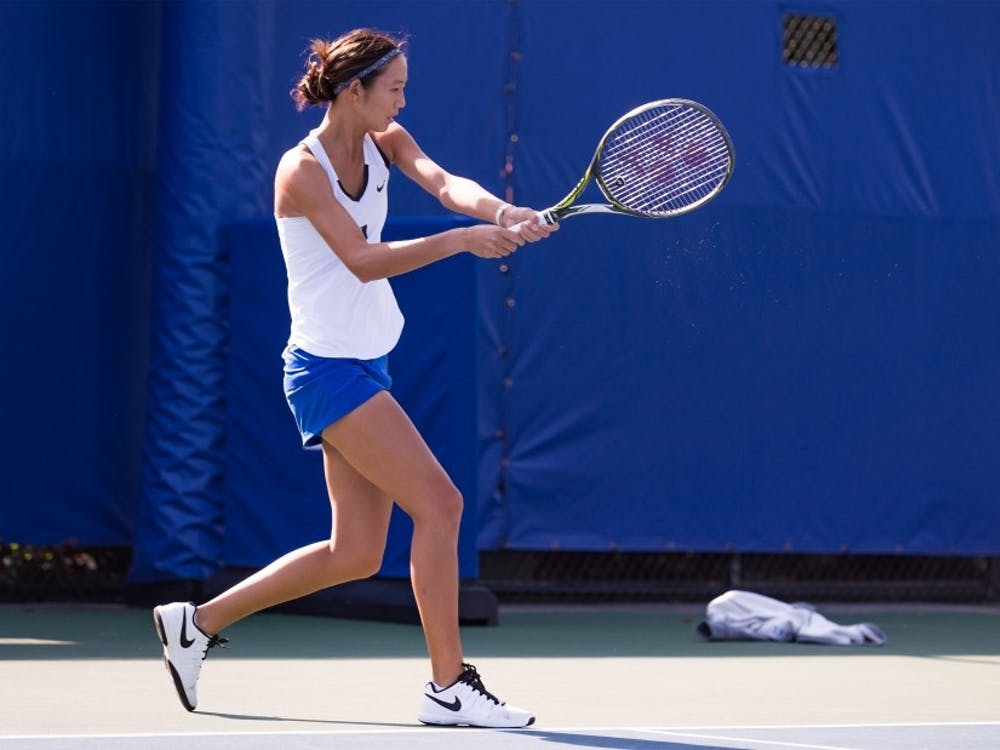 Freshman Meible Chi won her singles match convincingly Wednesday to continue a standout freshman campaign.