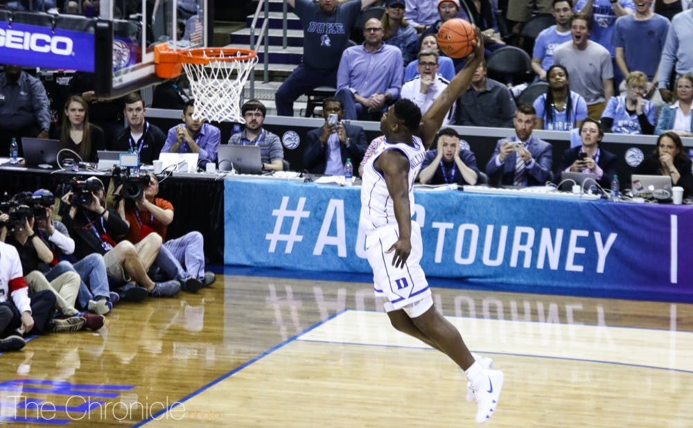 <p>Zion Williamson broke the Duke single-game record for most made field goals without a miss with a 13-for-13 performance Thursday.&nbsp;</p>
