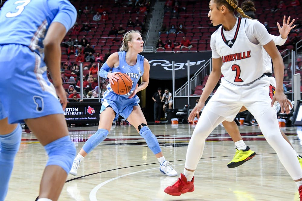UNC graduate guard Petra Holešínská (2) looks to pass the ball during a game against during a game against Louisville on Thursday, Jan. 28, 2021. UNC fell to the Cardinals 68-79. Photo courtesy of Jared Anderson.