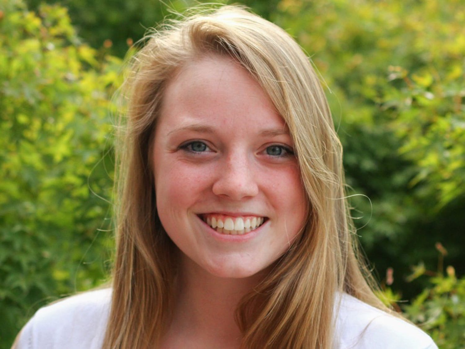 Jenny Surane is the 2014-15 Editor-in-Chief.She is a senior business journalism major from Cornelius.
