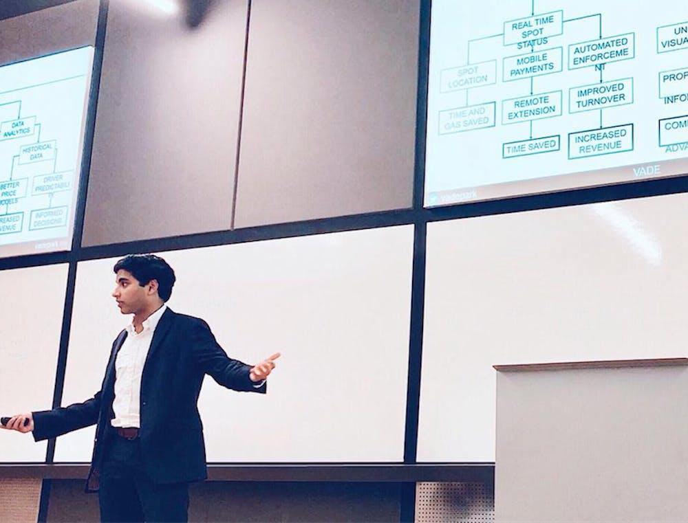 <p>Ritwik Pavan presenting at an entrepreneurial showcase. Photo courtesy of Pavan.</p>