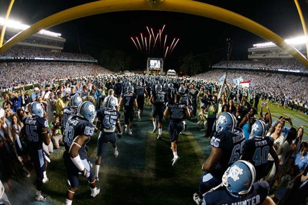 North Carolina took a commanding 24-6 lead but allowed the Seminoles to come back in a 30-27 loss. DTH/Andrew Dye