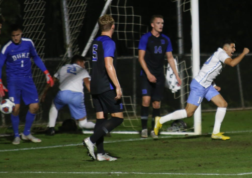 Montesdeoca, Pieters secure spot in ACC Championship game for UNC men's soccer