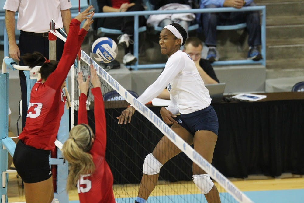 UNC volleyball wins 12th straight match after beating NC State