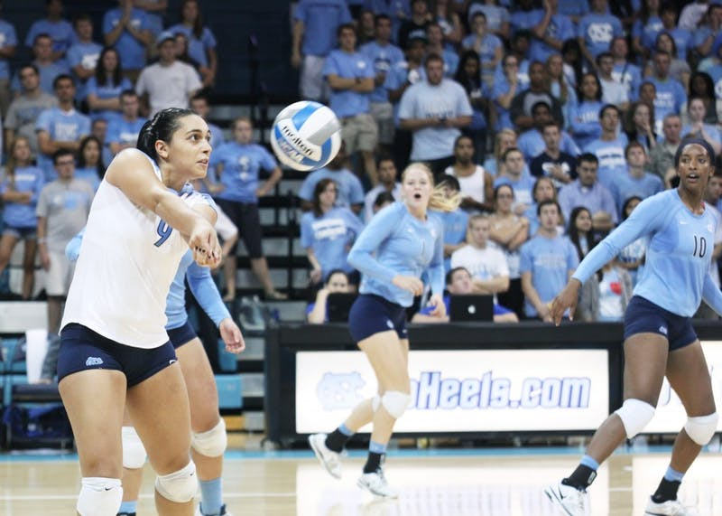 The women's volleyball team defeated Duke, winning three out of five sets on Sunday.