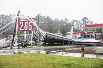 09_18_2018_Jason_Armond_Wilmington_Hurricane_56.jpg