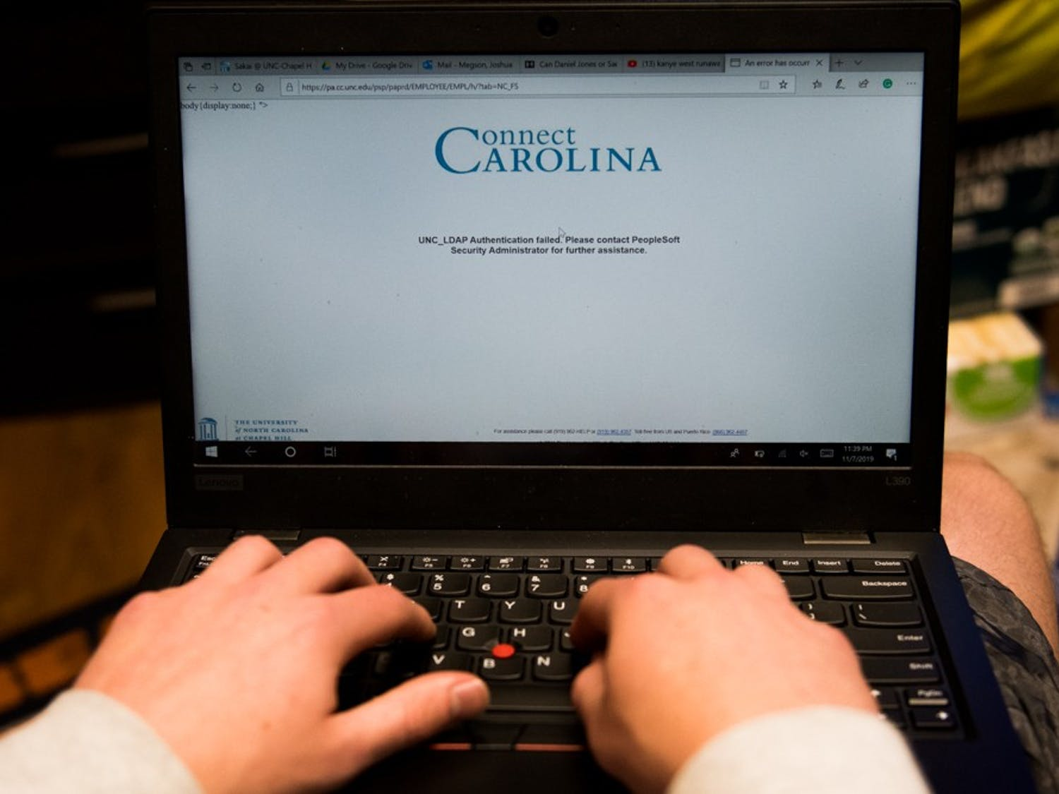 DTH Photo Illustration. A UNC student has lost connection to ConnectCarolina while trying to add classes into the shopping cart for the spring 2020 year.