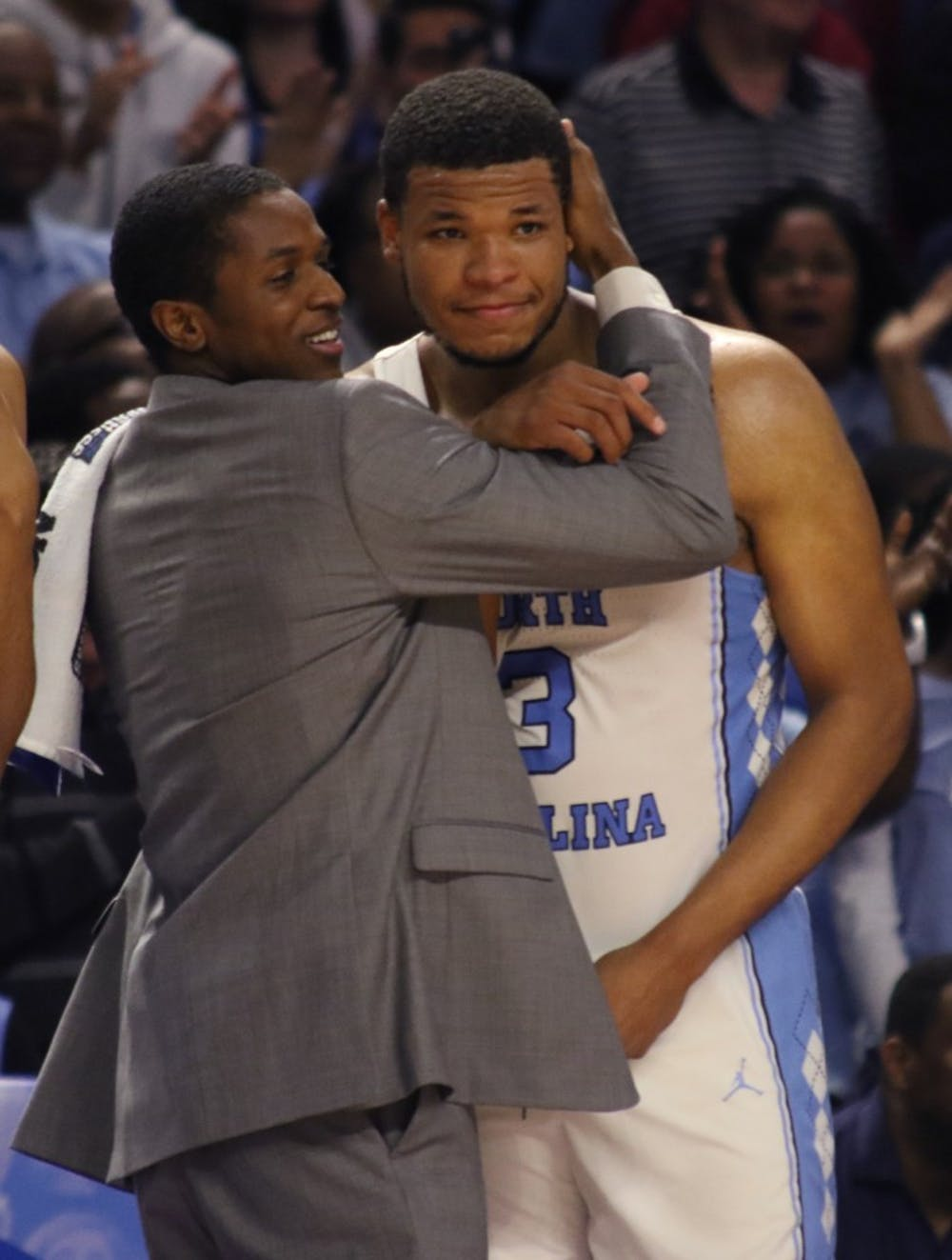 Meeks' tip-in helps UNC escape game with Sweet 16 berth