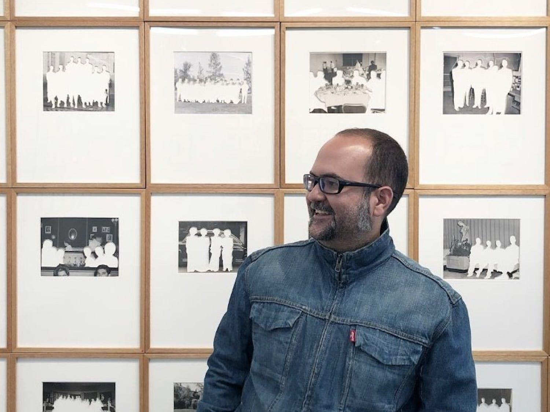 Alejandro Cartagena in front of his work. Photo courtesy of Alejandro Cartagena.