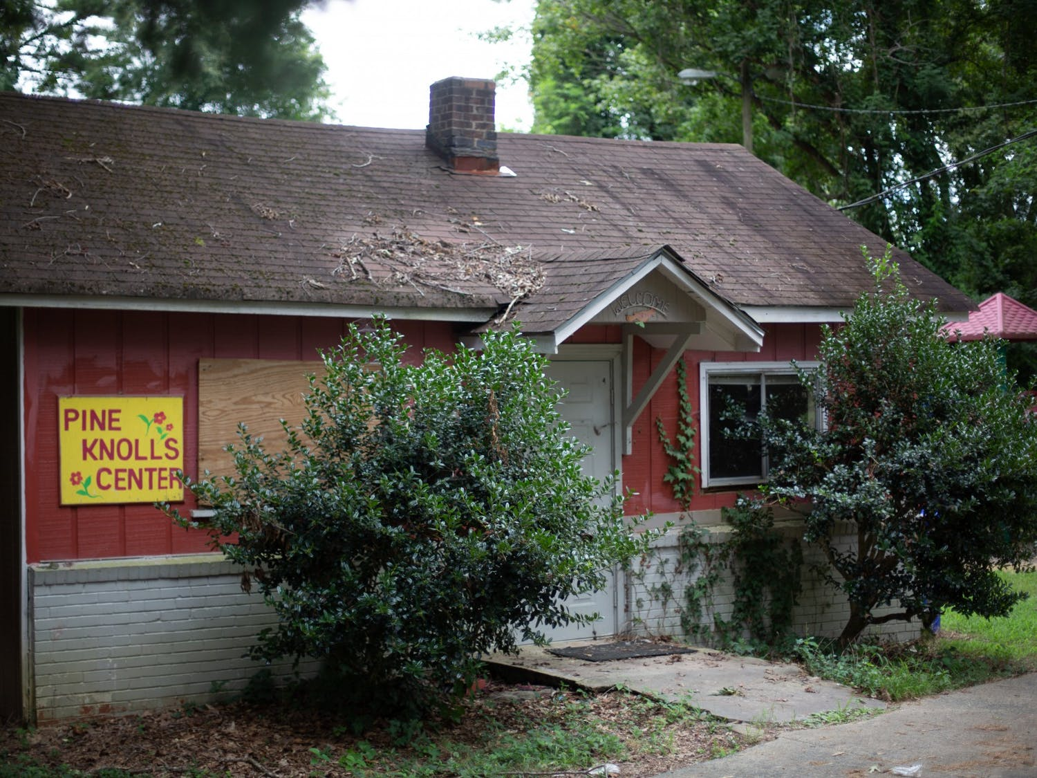 The Pine Knolls Community Center sits on Johnson St in Carrboro on Sunday, Aug. 30, 2020. Empowerment, Inc., a Chapel Hill-based organization, is looking to repurpose the Community Center and use the land for affordable housing.