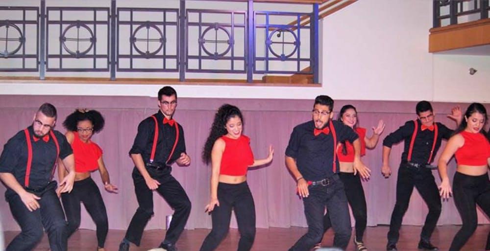 Qué Rico explores Latin American culture through dance