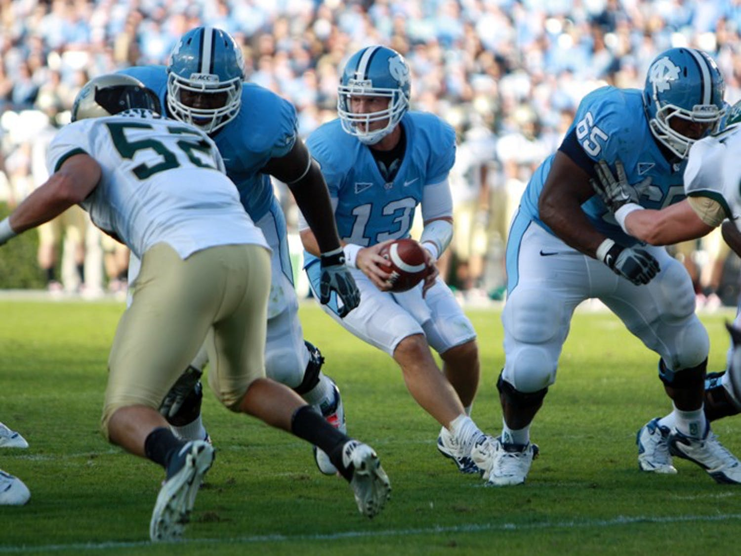 Members of UNC's offensive line collected themselves in the second half and gave quarterback T.J. Yates time to lead two fourth-quarter touchdown drives.