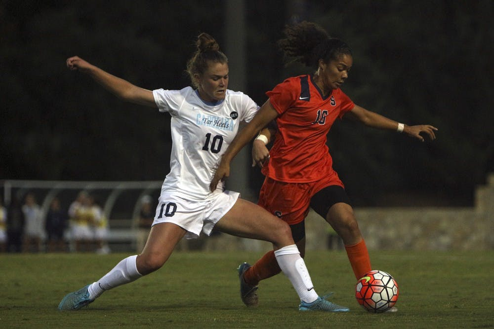 Dellaperuta, Moore score first goals as Tar Heels in 2-0 win over Syracuse