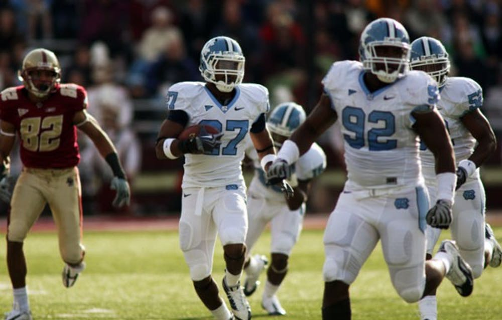 UNC leads Boston College 21-13 after sloppy half