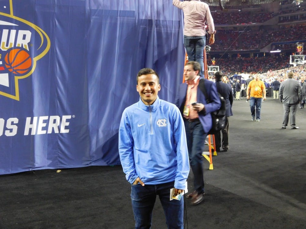UNC men's soccer player Nico Melo sings national anthem ahead of Final Four