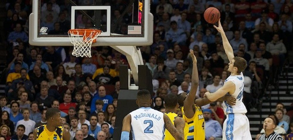 UNC advances to Elite Eight against Marquette, 81-63
