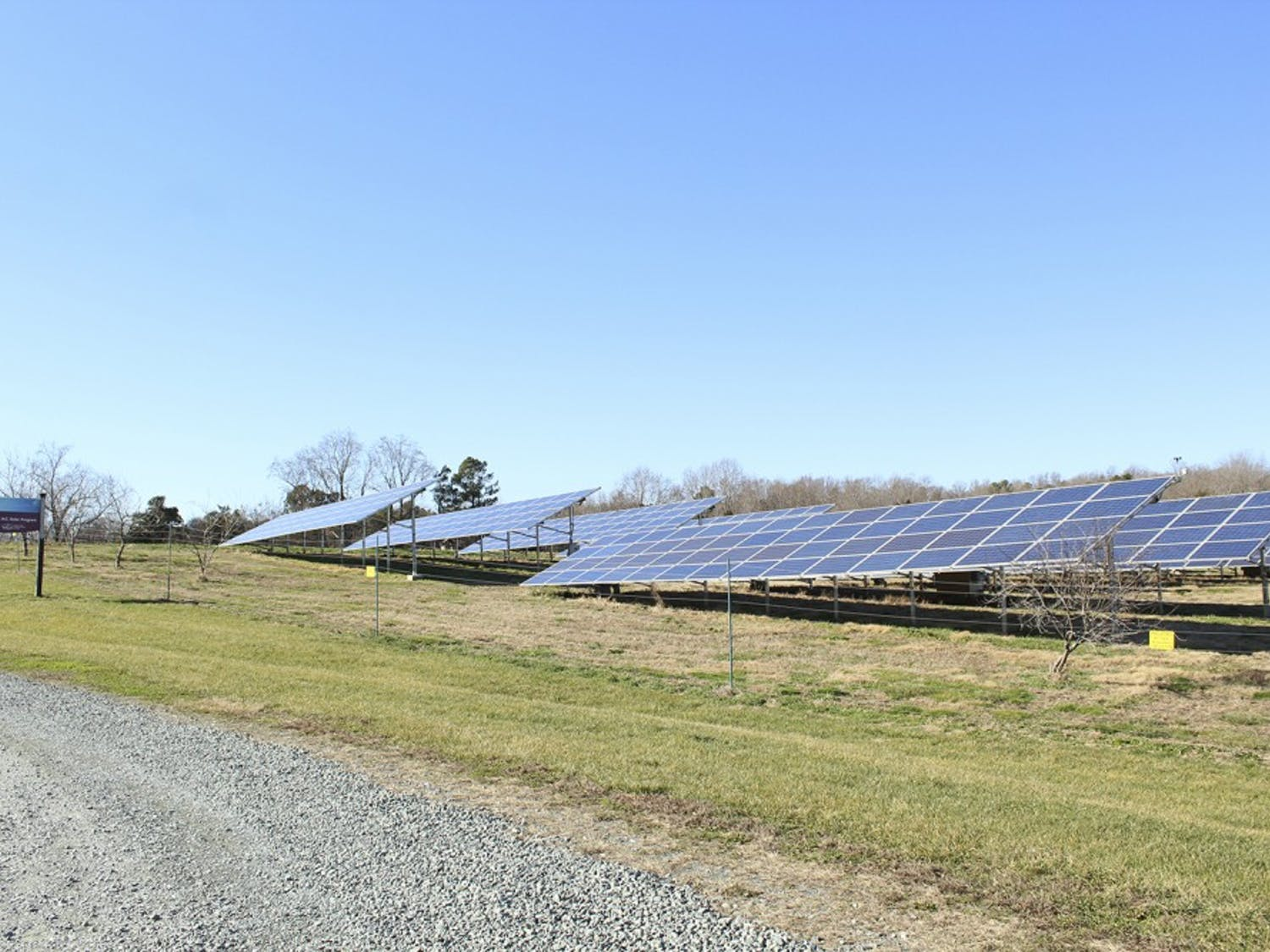 Currituck County, on the northeastern coast of North Carolina, is considering banning solar farms because of loss of agricultural land.