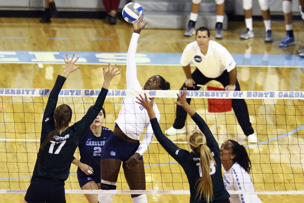 UNC volleyball wins for injured player