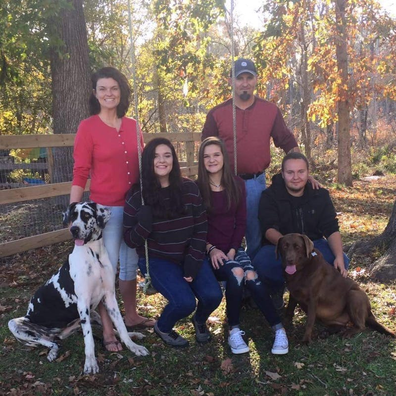 Mallory Ward poses for a photo with her family. Photo courtesy of Mallory Ward.