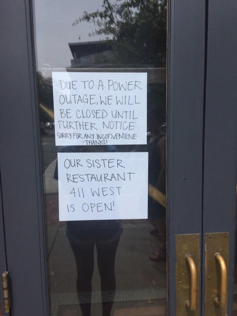 Sign outside of Spanky's during the power outage.