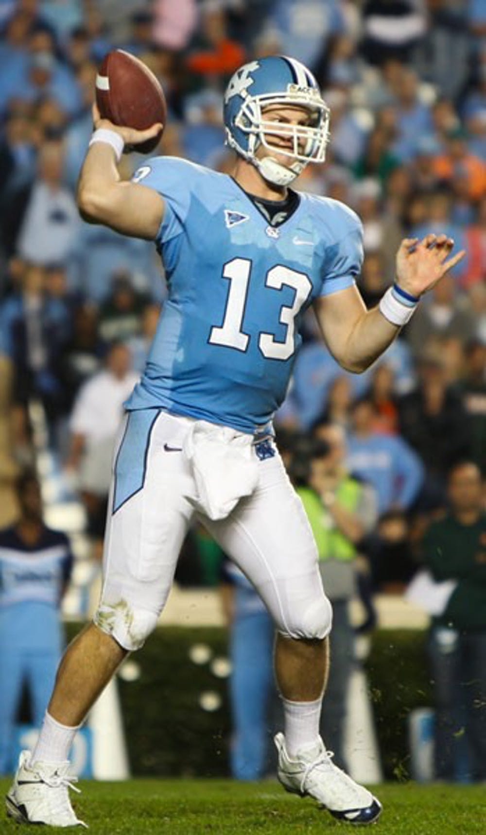 UNC quarterback T.J. Yates threw for 213 yards and one touchdown and did not turn the ball over against Miami. DTH/Phong Dinh