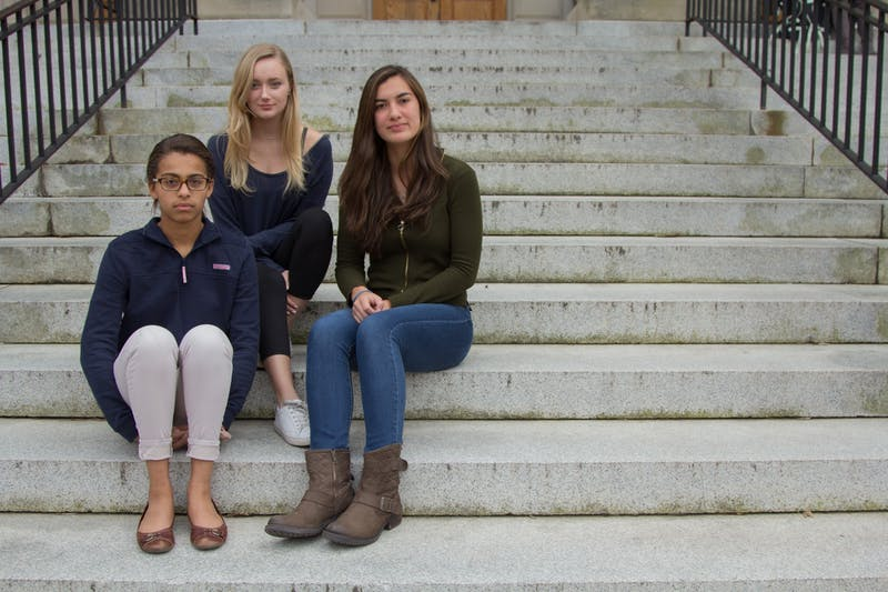 First-years Delainey Kirkwood (left), Charlotte Smith (middle), and Monica Mussack (right) are international students here at UNC-Chapel Hill. @DTH Photo Desk    I didn't know if I should include their majors Delainey: Jouralism/public policy major, Monica: pre-business, Charlotte: Chemisty/English major.