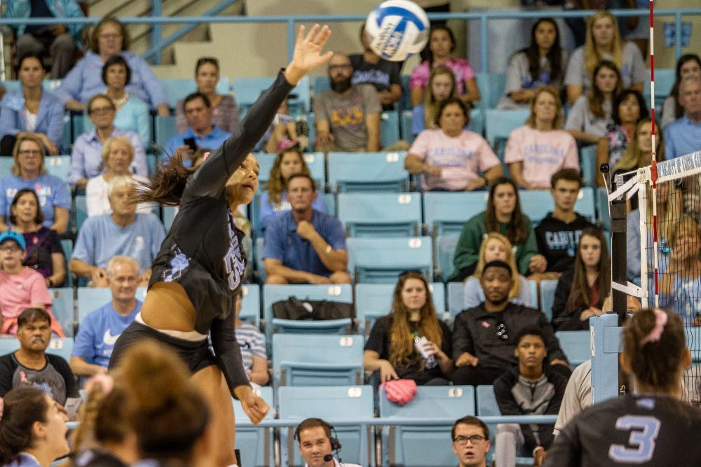 UNC volleyball tops off Alumni Day with victory against Boston College