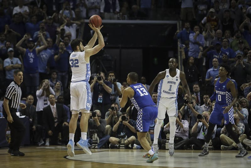 North Carolina forward Luke Maye (32) pulls up for the game winning shot against Kentucky in Memphis on Sunday.