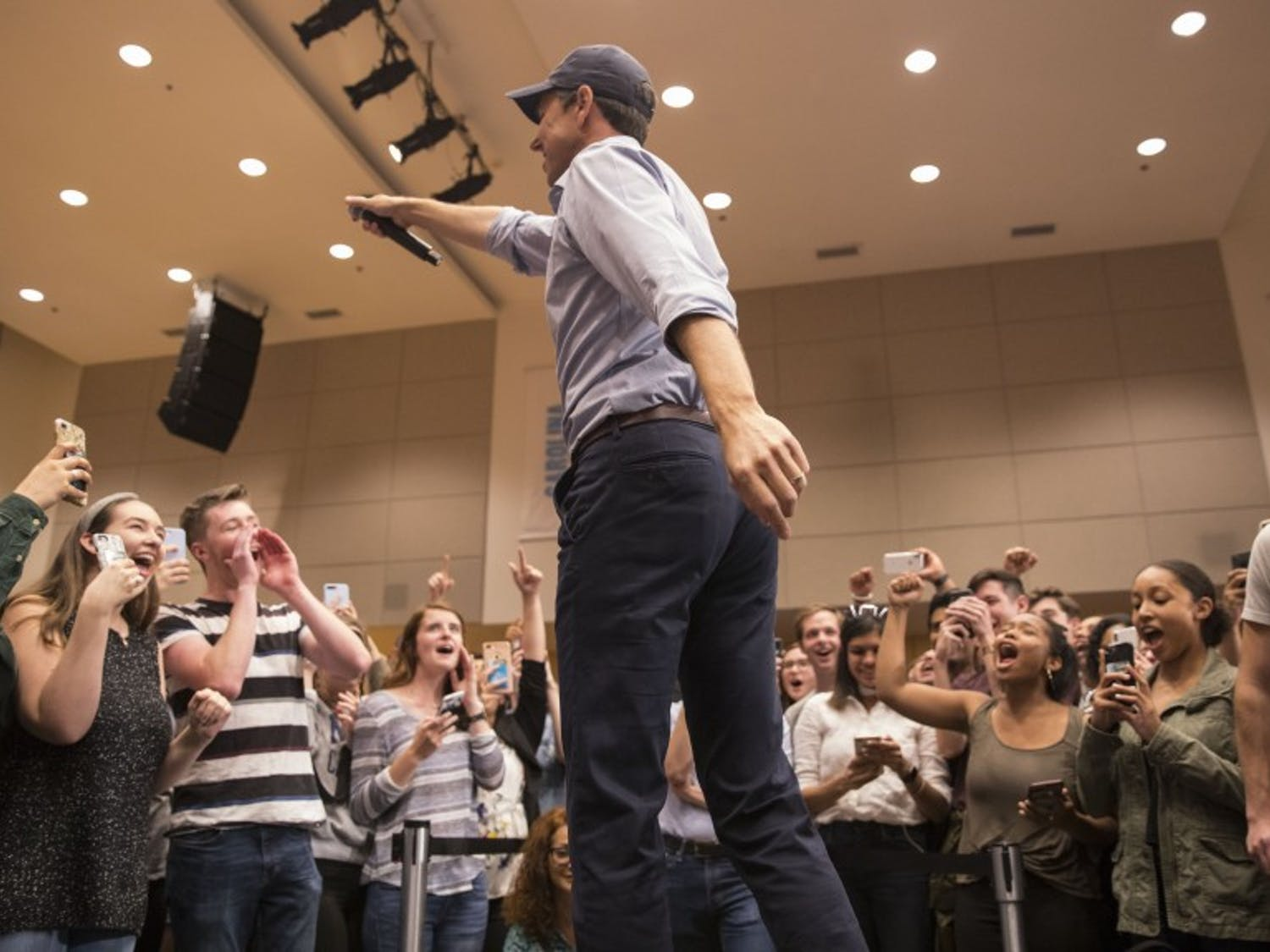 Democratic presidential candidate Beto O'Rourke visits UNC-Chapel Hill and leads students in a Tar Heels chant on Monday, April 15, 2019 in the Great Hall of the Student Union.