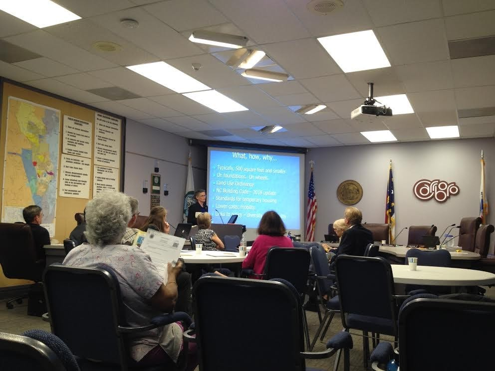 Carrboro Board of Aldermen discuss town communications and potential tiny homes at meeting