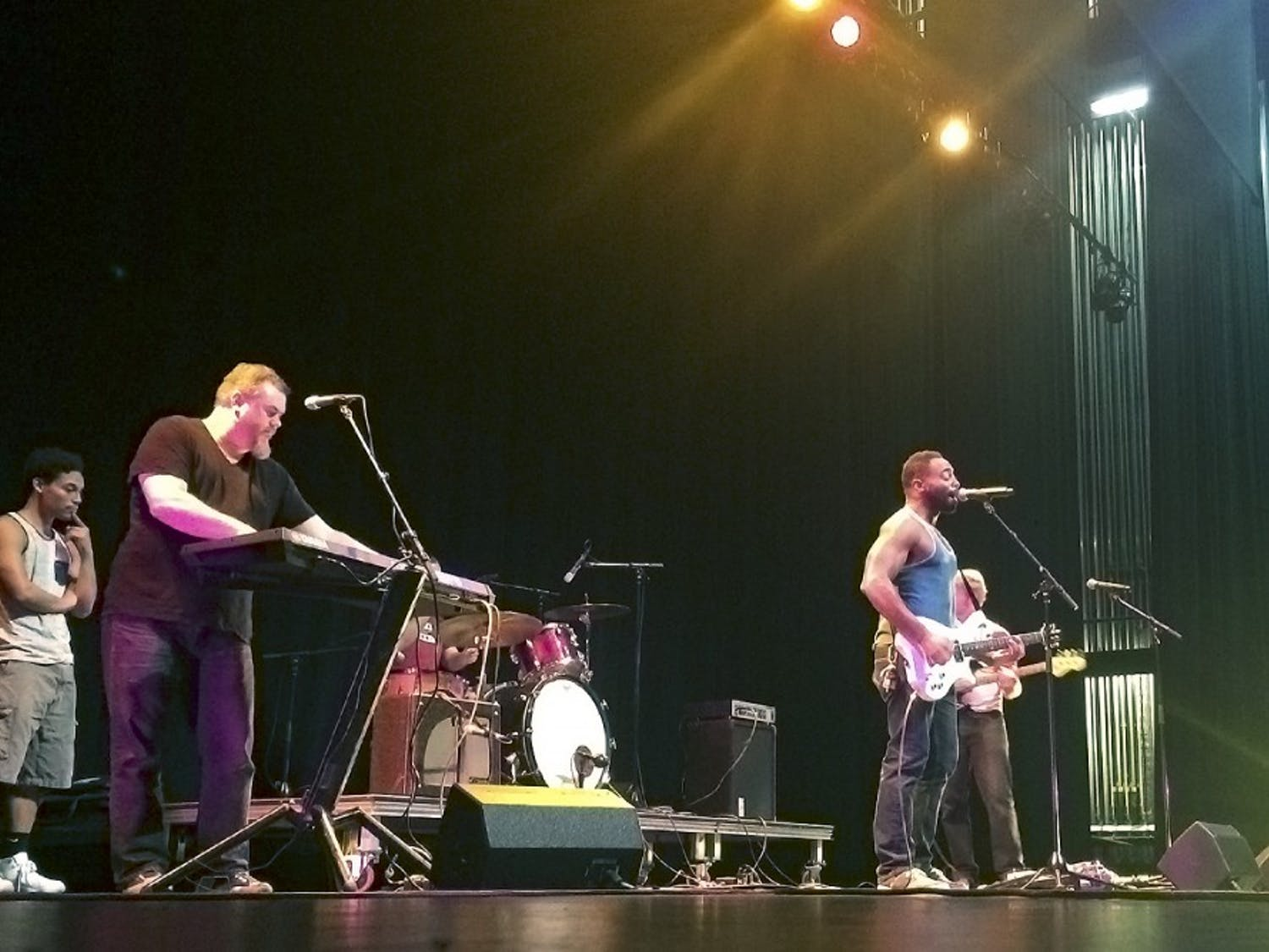 Skinny Bag of Sugar, a Carrboro rock band, performs in Pulso Pulso, a performance celebrating Spanish and English cultures (Courtesy of Augusta DeKemper).