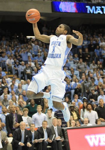 Dexter Strickland goes up for a layup on a fast break.