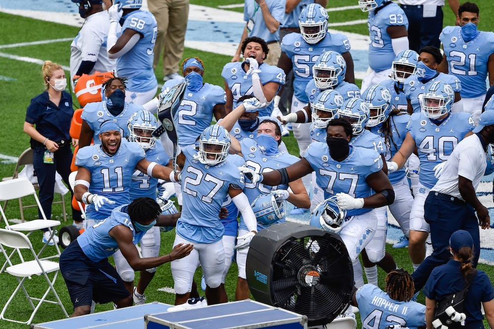 Defense leads the way in UNC football's rout over Syracuse