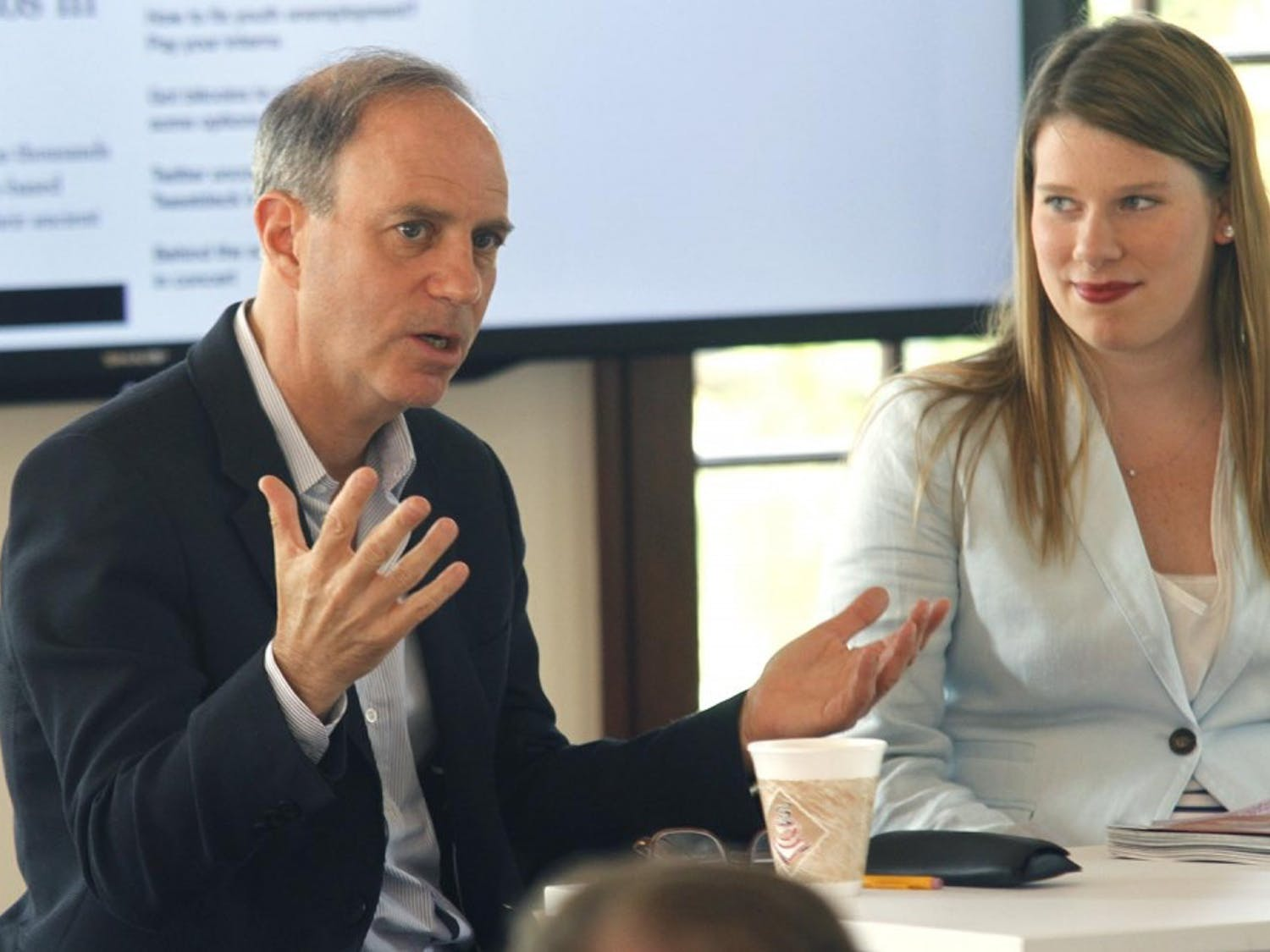Andy Serwer, the managing editor for Fortune magazine, spoke in Carroll Hall on Wednesday afternoon. The event was hosted by the Journalism and Public Policy departments.