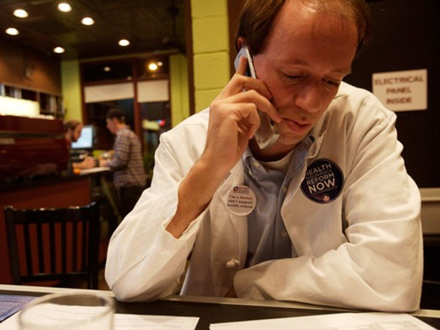 Jimmy Wallace,joined otherhealth care professionals for a calling campaign for Obama's health care reform.DTH/Katherine Vance