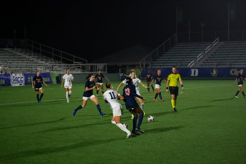 Claudia Dickey scores, shuts out Virginia in UNC women's soccer's 2-0 win