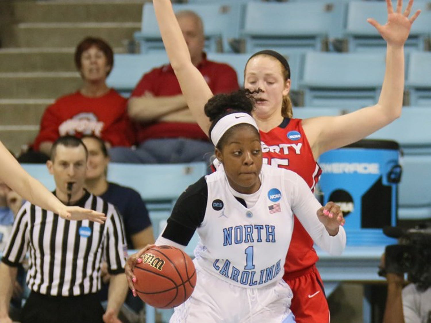 North Carolina sophomore Stephanie Mavunga (1)works her way into the paint during Saturday's game vs. Liberty. Mavunga led the team with nine rebounds.