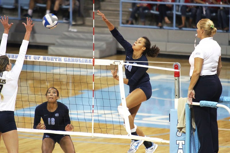 UNC redshirt sophomore Taylor Treacy (20) accounted for 21 kills in the Carolina Classic tournament this past weekend and went on to receive All-Tournament Team honors.