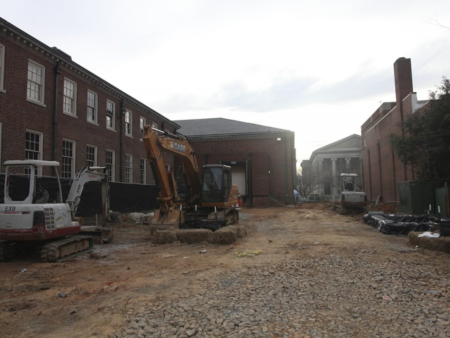 Ongoing construction at Porthole Alley that will close part of Cameron Avenue.