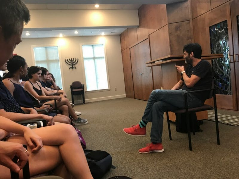 Duke professor Dan Ariely spoke at Hillel on Monday.