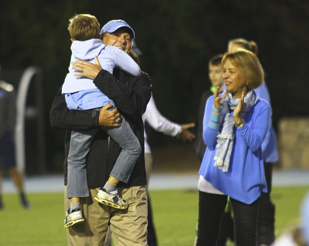 No. 15 UNC women's soccer defeats Wake Forest 2-1 for Anson Dorrance's 800th career win