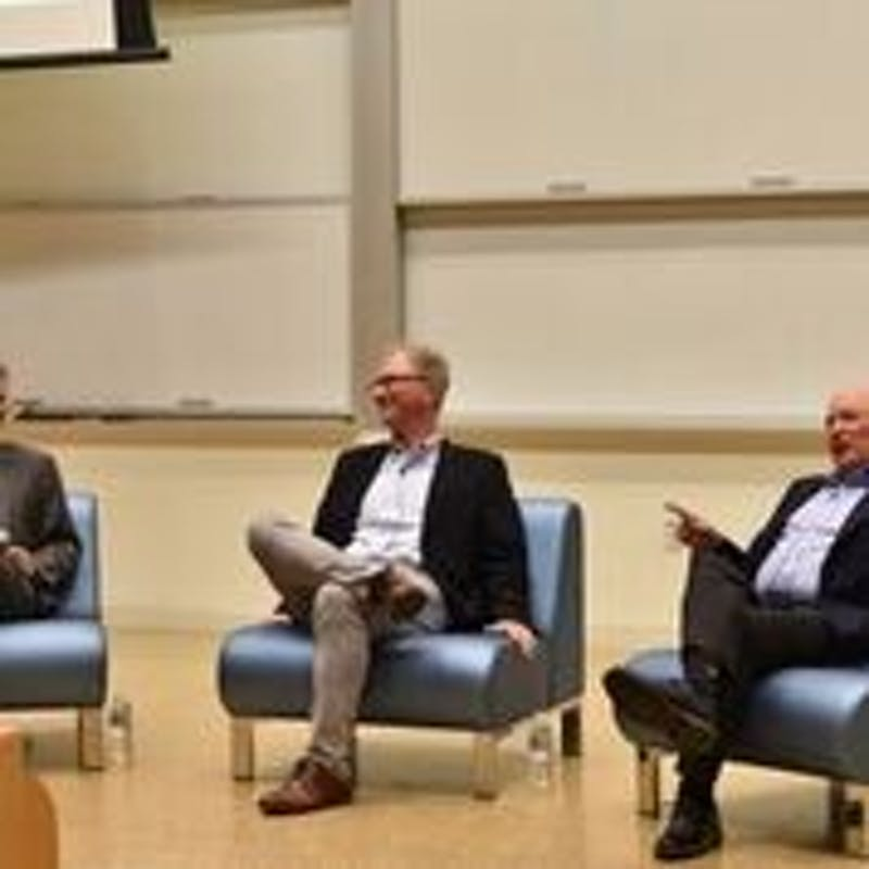 Holden Thorp and Buck Goldstein discuss their new book, Our Higher Calling, with Kevin Guskiewicz. From left to right: Kevin Guskiewicz (dean of College of Arts and Sciences at UNC), Holden Thorp (provost and professor at Washington University in St. Louis), Buck Goldstein (professor and Entrepreneur in Residence in Economics department at UNC).