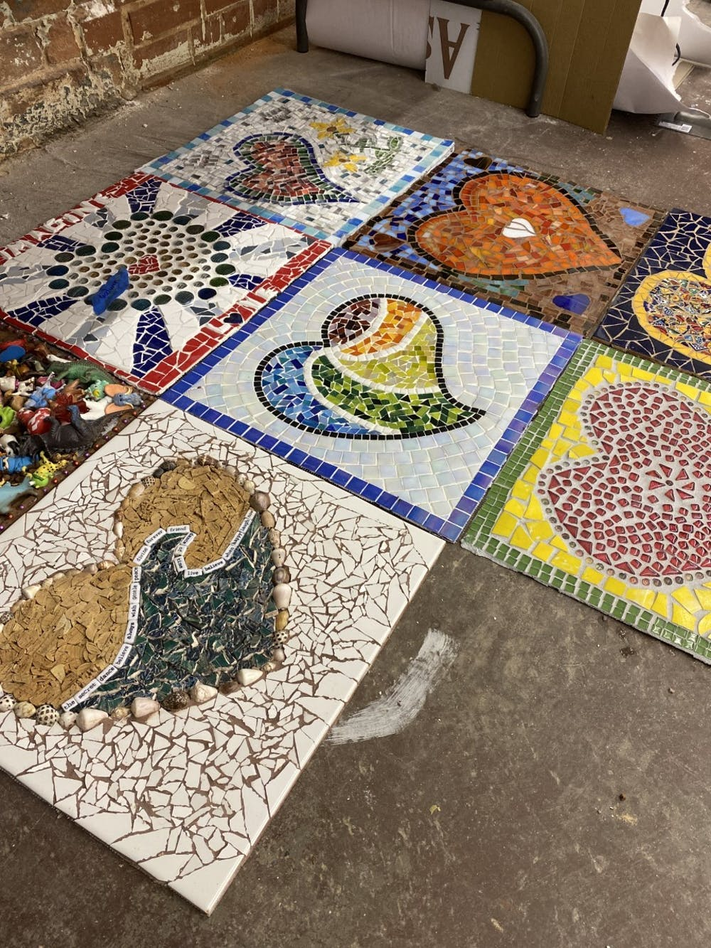 New mosaicist brings Hillsborough community together through collaborative mural