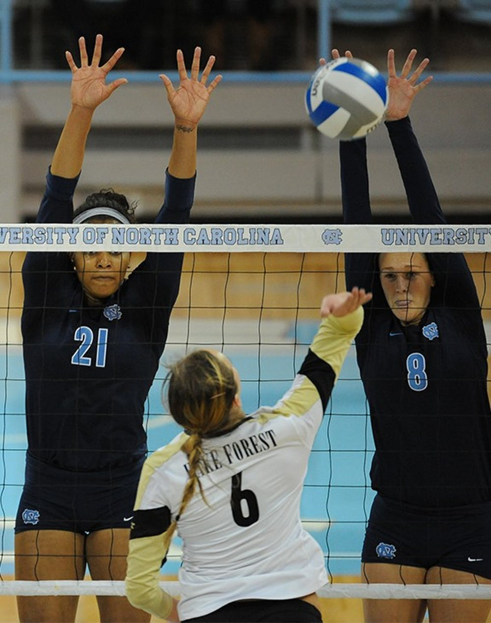 Volleyball loses pair in Florida swing