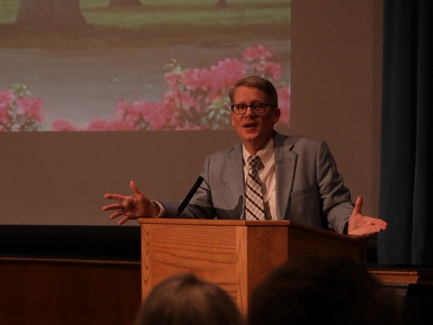 Mike Adams, a UNCW professor and conservative columnist, gave a speech in the auditorium in the student union Monday evening.