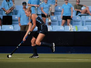 Forward Catherine Hayden (8) prepares to pass the ball on Sept. 15, 2019. UNC's field hockey team won 8-0 against William and Mary.