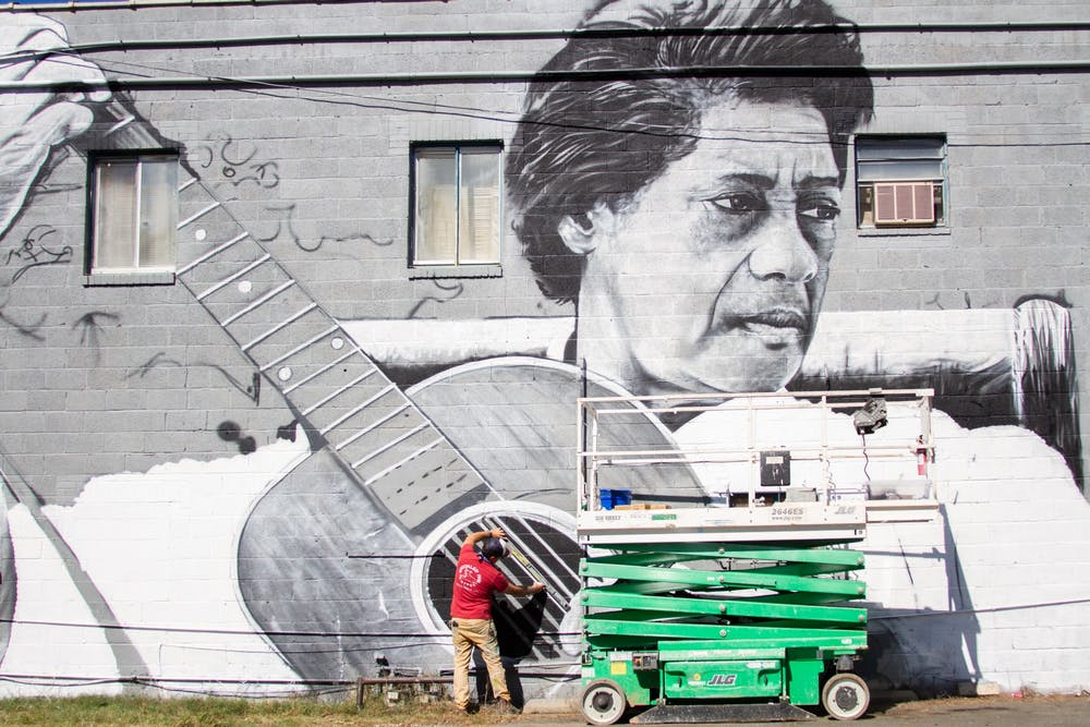 New mural on Chapel Hill-Carrboro line set to honor musician Elizabeth Cotten
