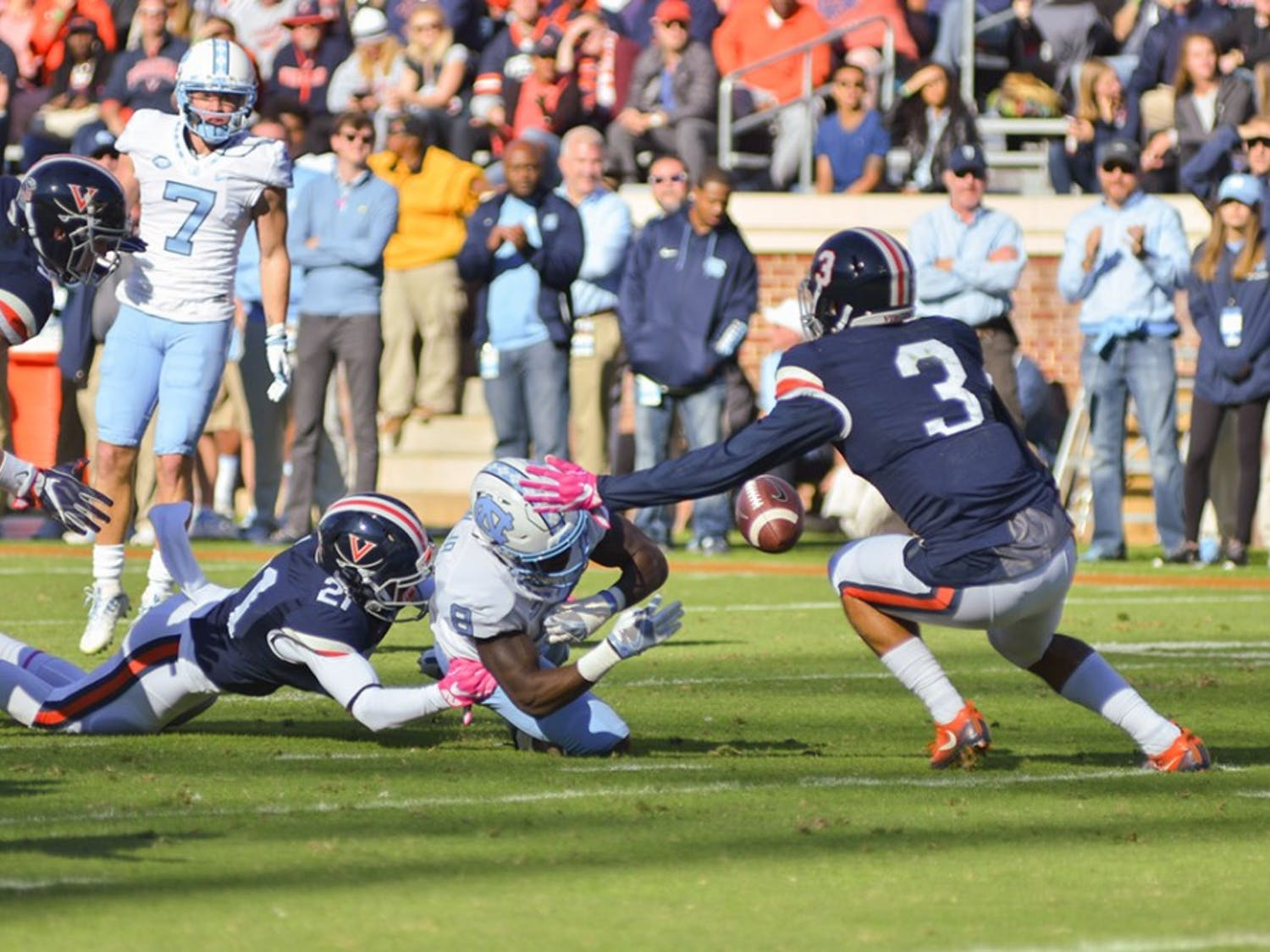The Tar Heels defeated the Cavaliers 35-14 on Saturday.
